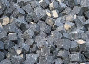 玄武岩石块